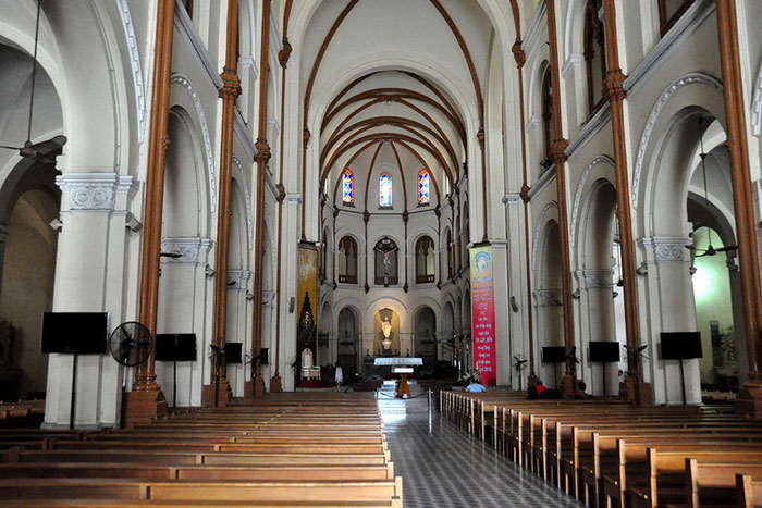 la-catedral-en-nha-trang