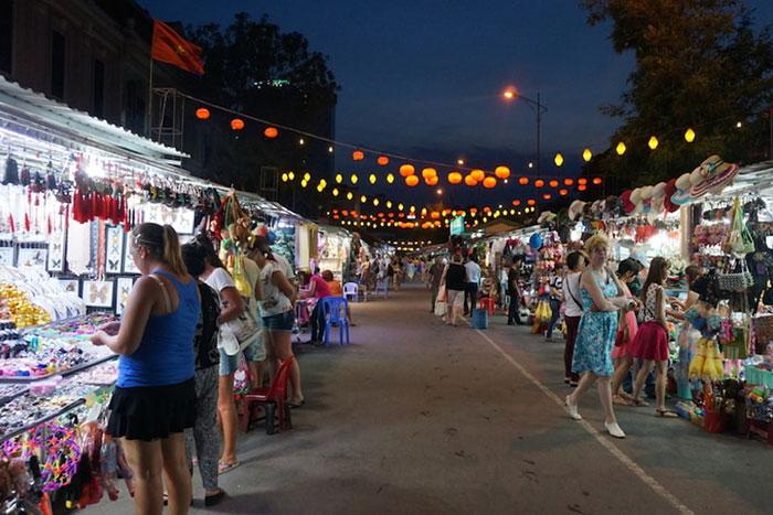 mercado-nocturno-nha-trang