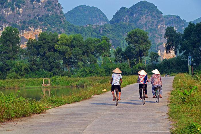 Paseo en bicileta en Ninh Binh la Bahia de Halong en tierra