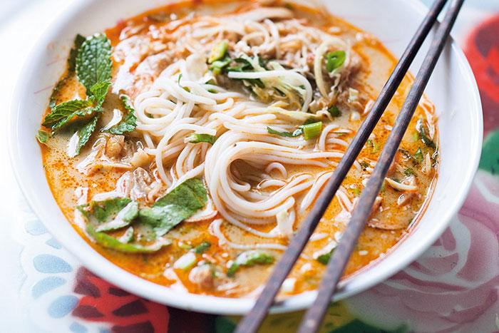 EL khao poun plato tipico de Laos