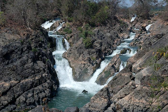 Cataratas de Li Phi en las 4000 islas en Laos