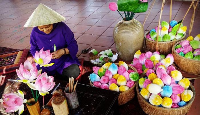 Pueblo artesanal de flores de papel de Hue