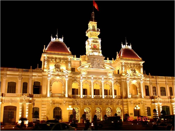 Ayuntamiento de Saigon Vietnam visita nocturna