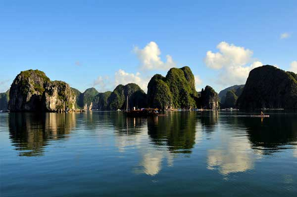 Bahia de Bai Tu Long en vietnam