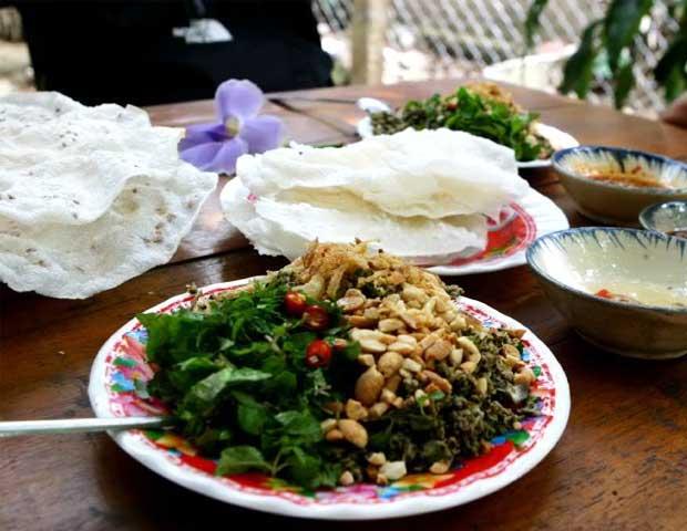 Banh dap hen xao gastronomia de Hoi An