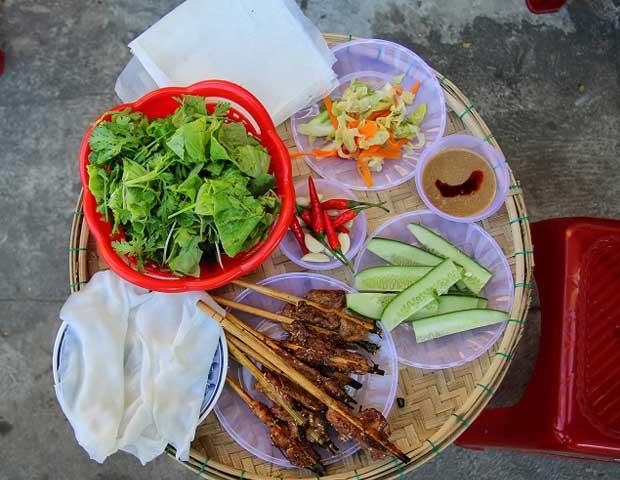 Banh uot cuon thit gastronomia de Hoi An