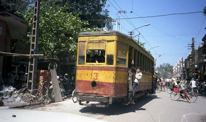 barrio antiguo hanoi 100 años dong xuan