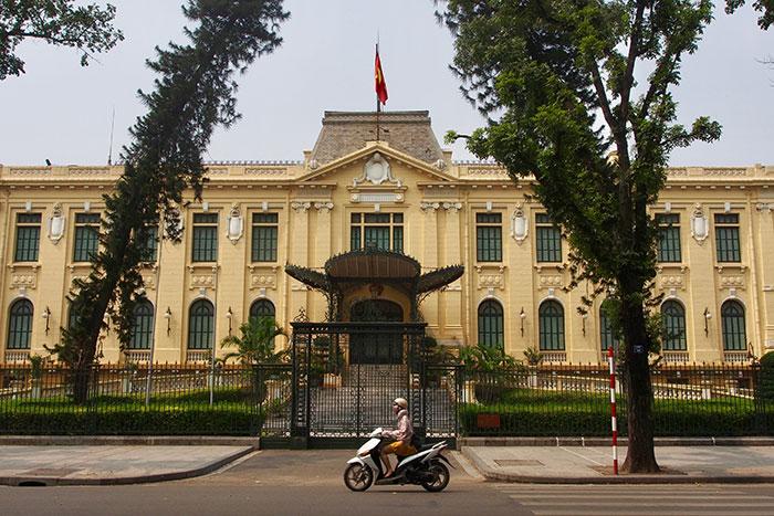 Antigua Residencia de Tonkin en el barrio frances de Hanoi
