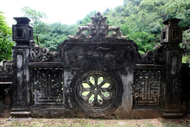 Biombo en el templo del rey Dinh en Hoa Lu