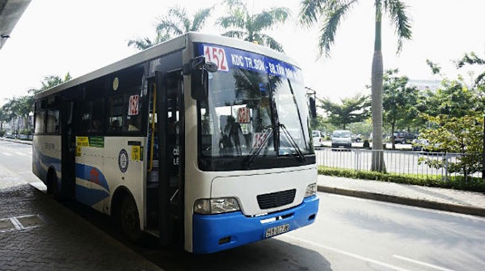 Autobus 152 aeropuerto Tan Son Nhat Saigon