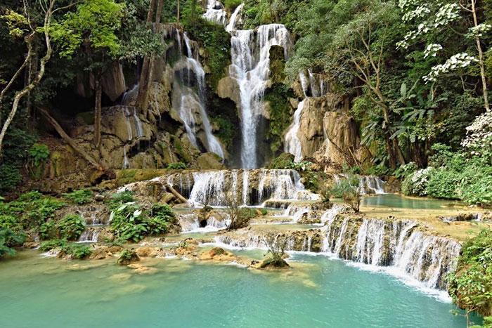 Vacaciones familiares en Laos cataratas de Kuang Si