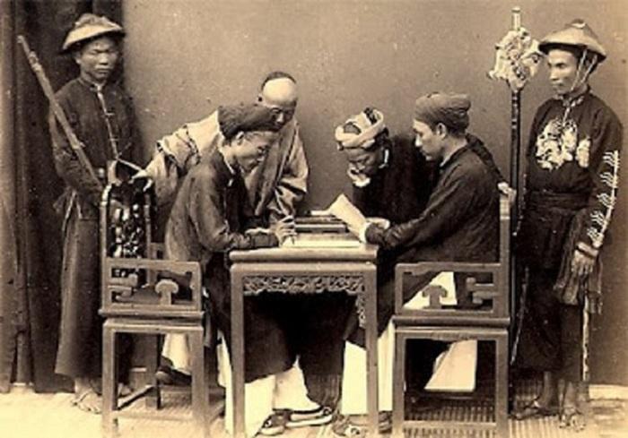 caligrafía vietnamita mandarines