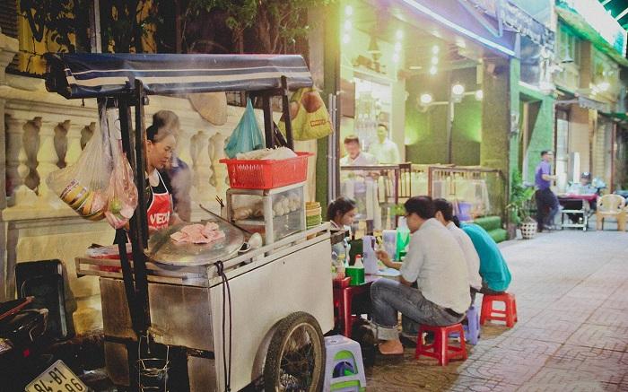 Carreta de hu tieu Saigon