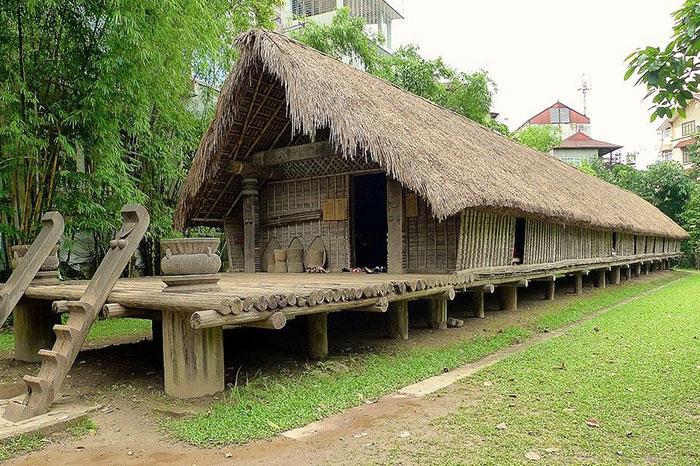 Casa construida a base de bambu