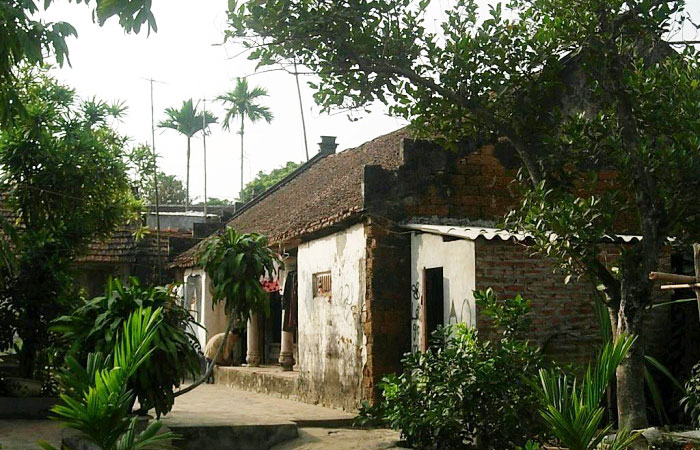 Casa tradicional etnia KInh