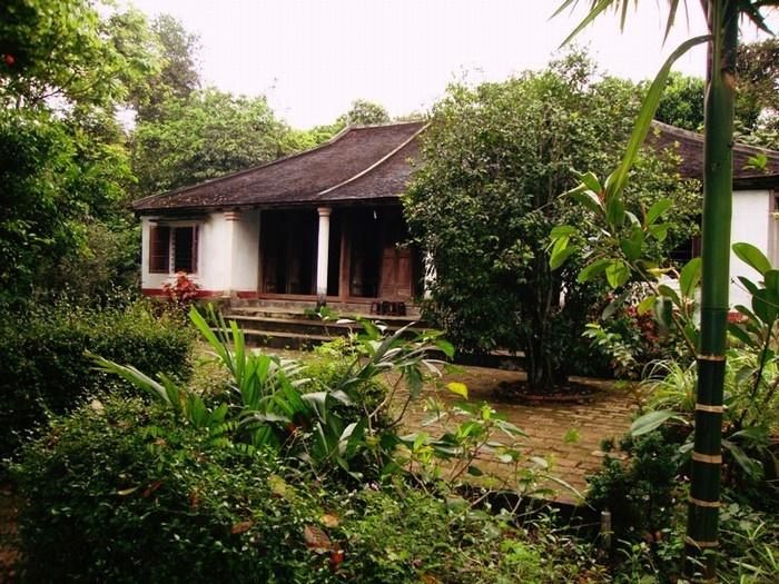 Casa jardin del pueblo tradicional de Phuoc Tich en Hue