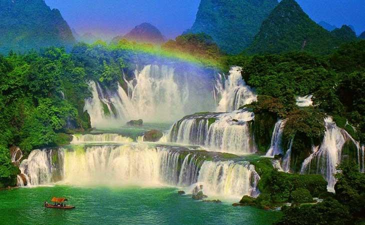 Arcoiris en la catarata de Ban Gioc