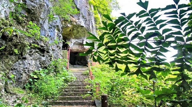 Caverna de Trung Trang Isla de Cat Ba