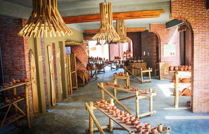Exposicion en el museo terracota en Hoi An