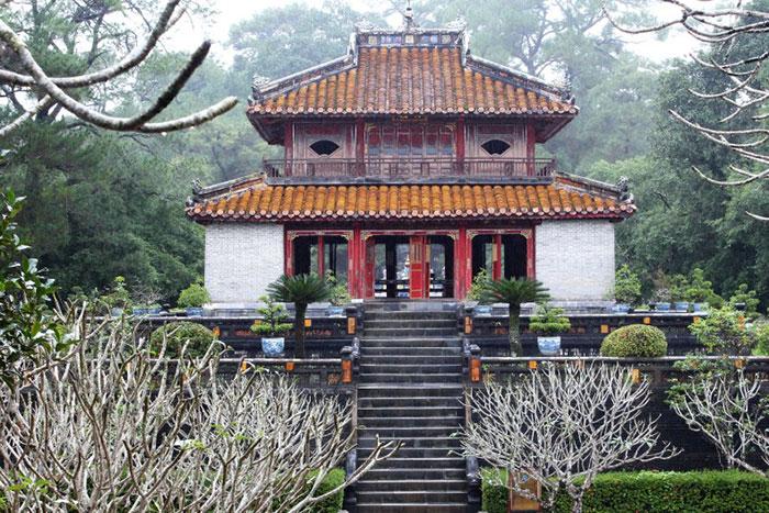 Chalet Minh Lau en el Mausoleo Minh Mang en Hue