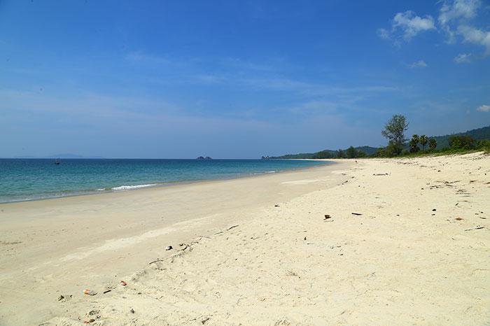 Playa de Dawei en Myanmar