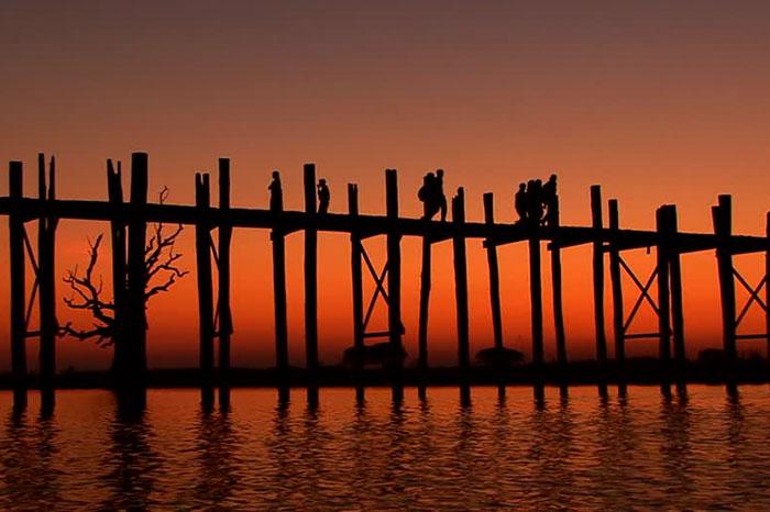 Puente U Bein en Mandalay viaje a Myanmar
