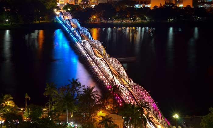 Puente Trang Tien en Hue