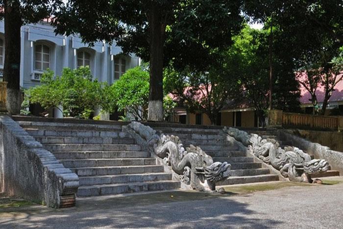 Palacio en la ciudad imperial de Thang Long Hanoi