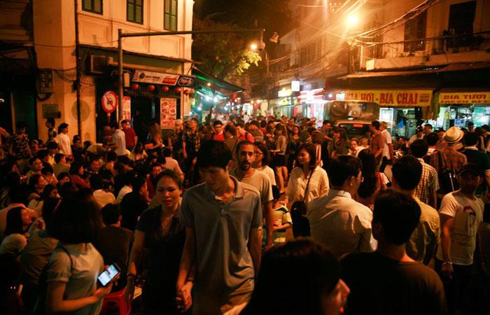 cocina callejera antiguo barrio hanoi calle cerveza