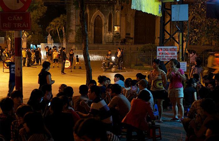 cocina callejera antiguo barrio hanoi catedral