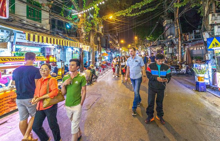 cocina callejera antiguo barrio hanoi hang buom