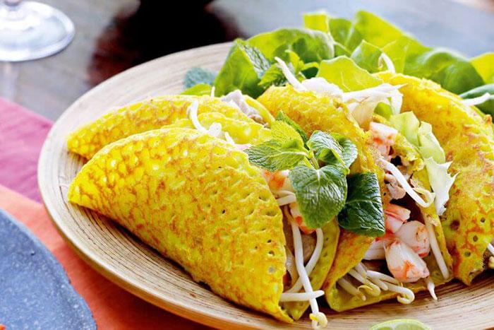 Crepe comida tradicional Hue Vietnam