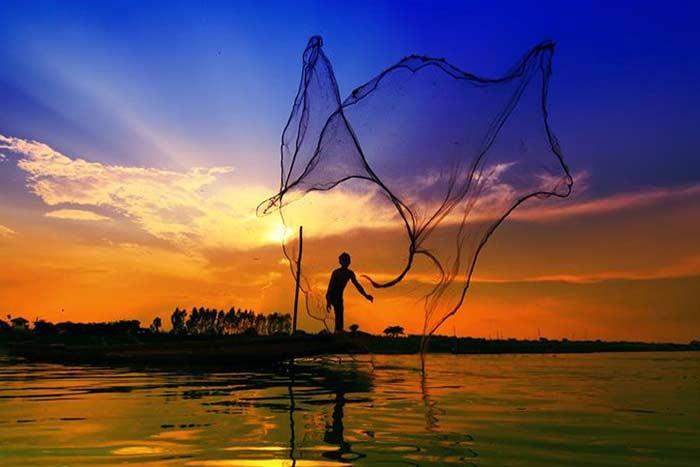 Pesca en el rio Mekong Vietnam