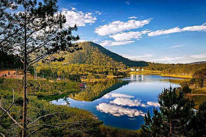 Lago Tuyen Lan en Dalat Vietnam
