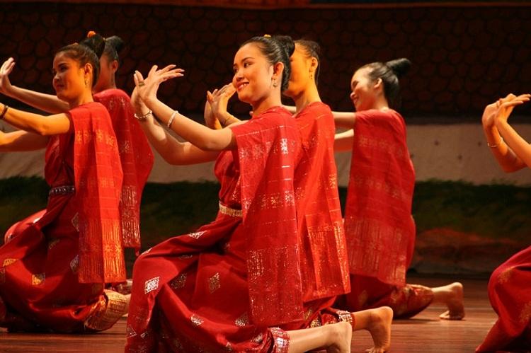 Danza tradicional de Laos
