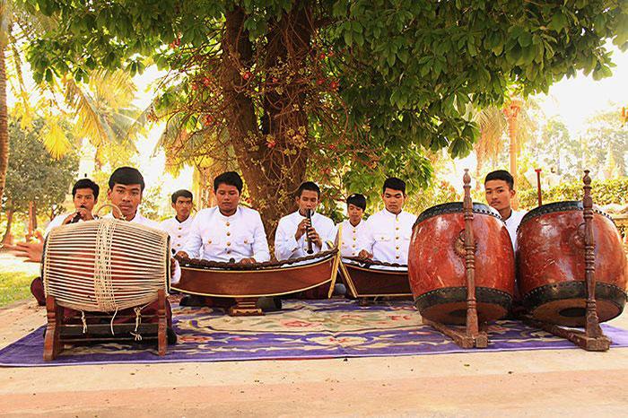 Cancion tradicional de Camboya Phleng Jemer