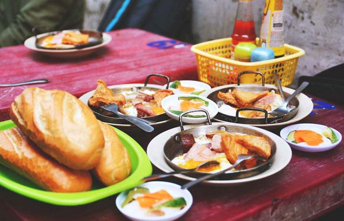 Desayuno saigones sandwich vietnamita banh mi