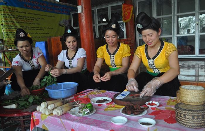 Preparacion culinaria en DIen Bien Phu