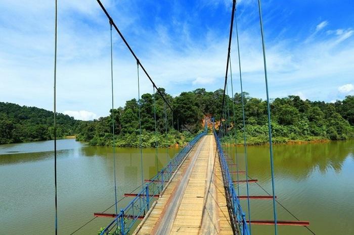 Lago Pa Khoang en Dien Bien Phu Vietnam
