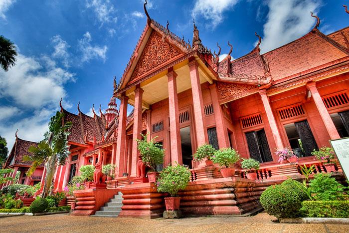 Edificacion jemer en el museo nacional de camboya