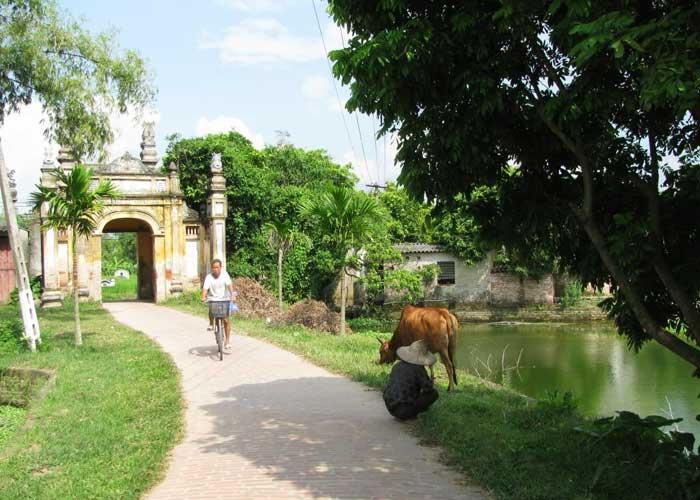 Entrada al pueblo de Nom cerca de Hanoi