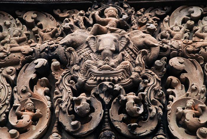 Escultura en el sitio arqueologico Vat Phou Laos