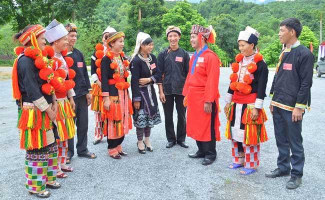 Vestimenta tradicional de la etnia Dao