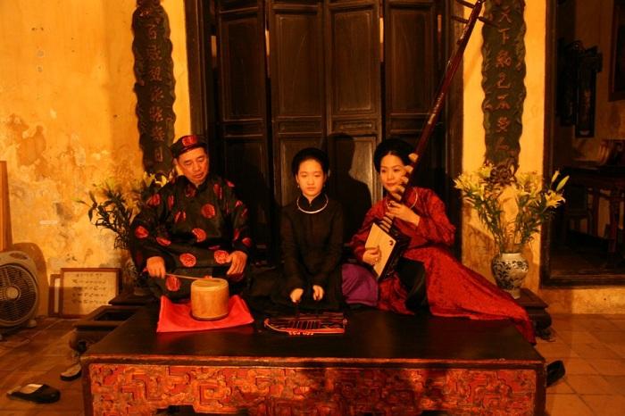 Canto Ca tru etnia Kinh