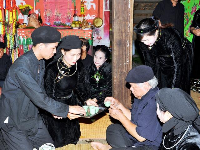 Matrimonio en la etnia Tay