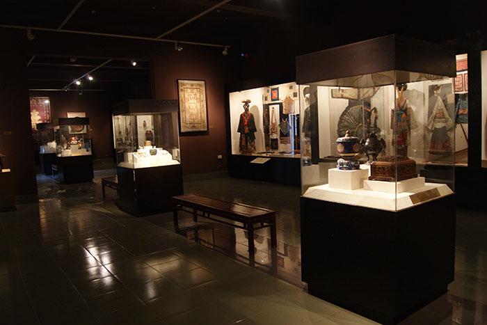 Exposicion en el Museo Nacional de historia de Vietnam