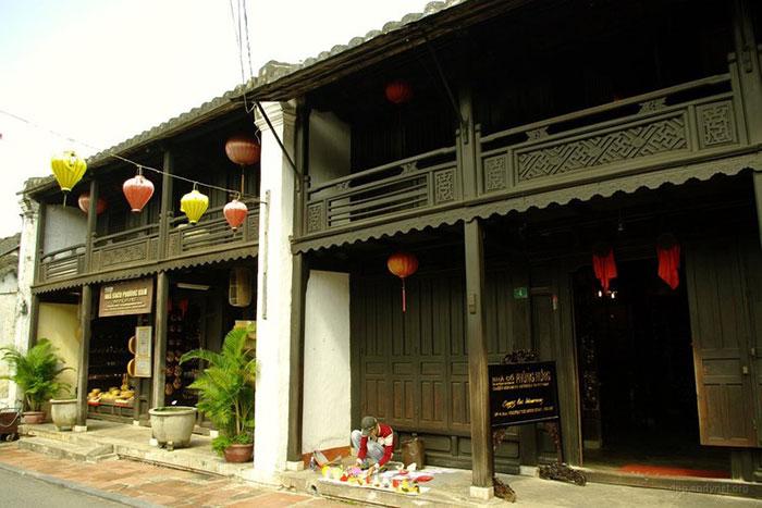 Exterior de la antigua casa phung hun en Hoi A