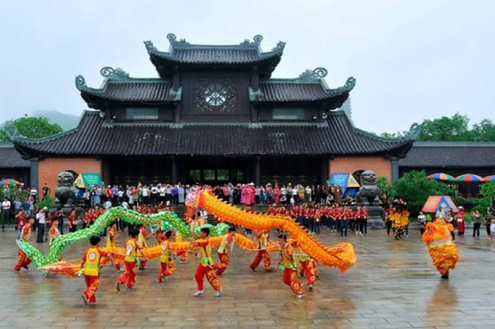 Festival de la pagoda de Bai Dinh