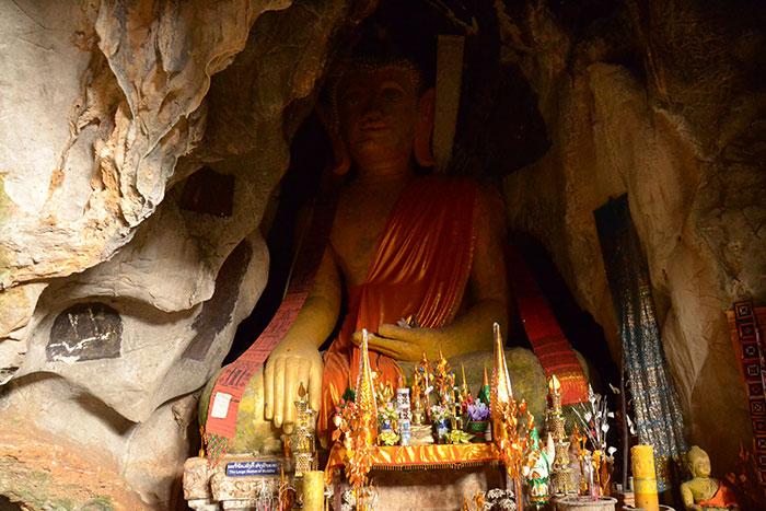 Gruta de Buda en Xieng Khouang Laos