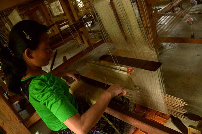 tejido artesanal en Xieng Khouang Laos